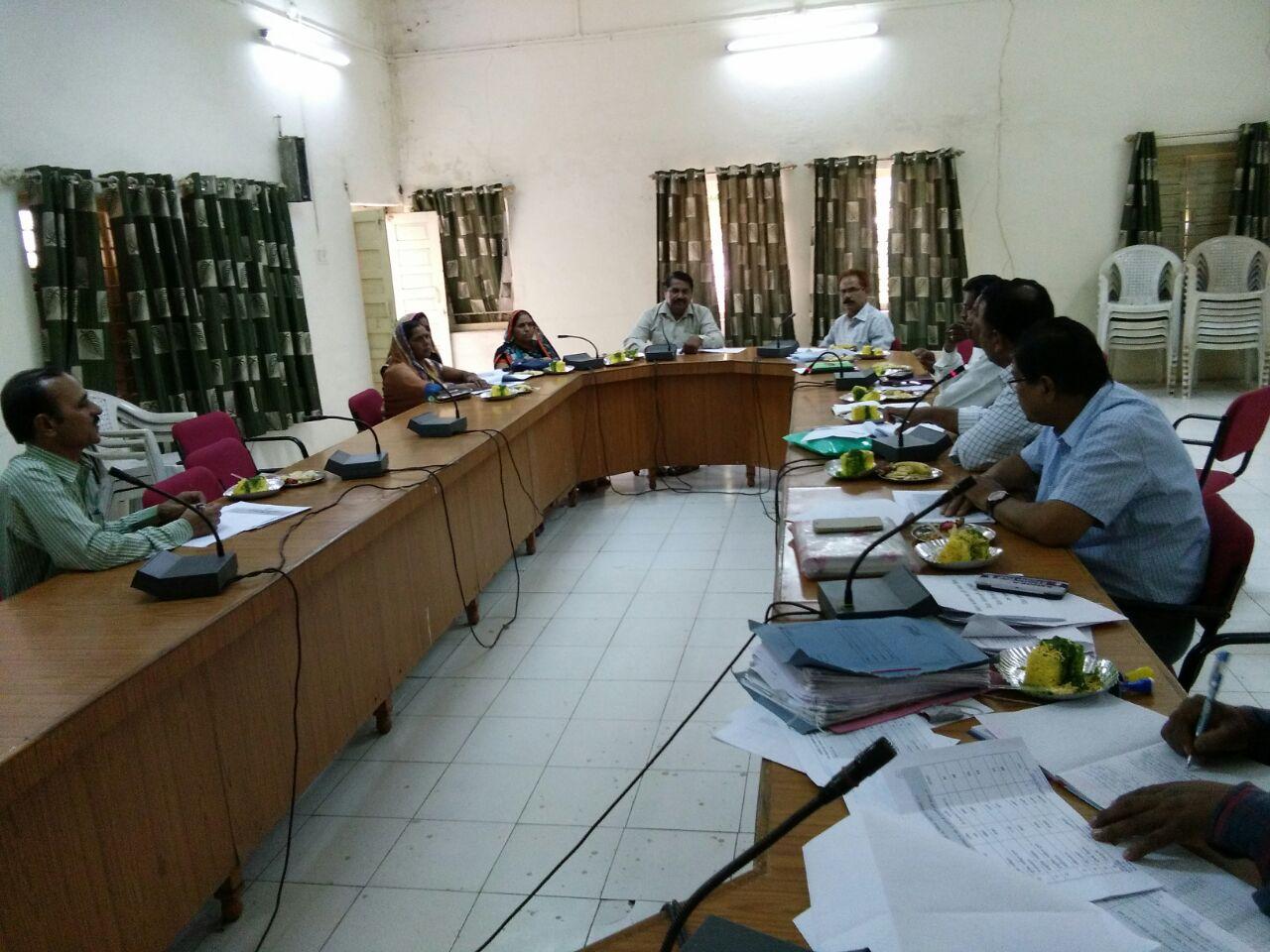 Meeting-of-Agriculture-Standing-Committee-of-District-Panchayat-concluded-जिला पंचायत की कृषि स्थाई समिति की बैठक संपन्न
