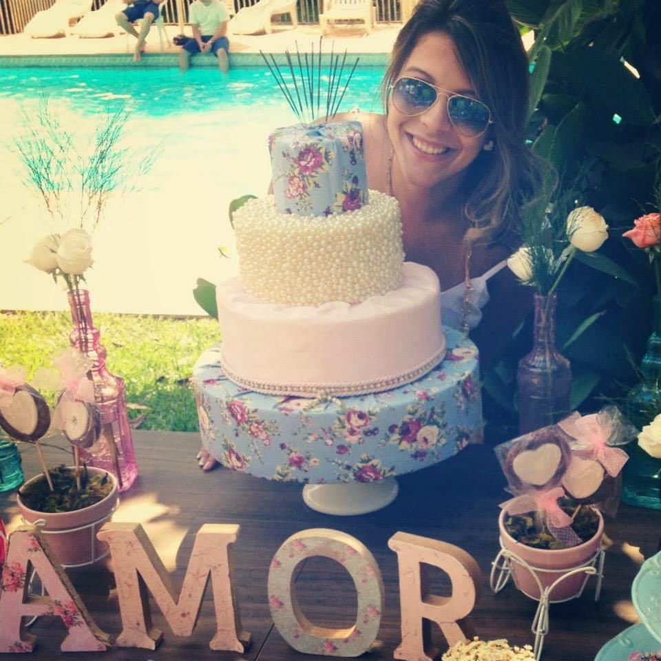 festa-decoraca-romantica-mesa-bolo-6