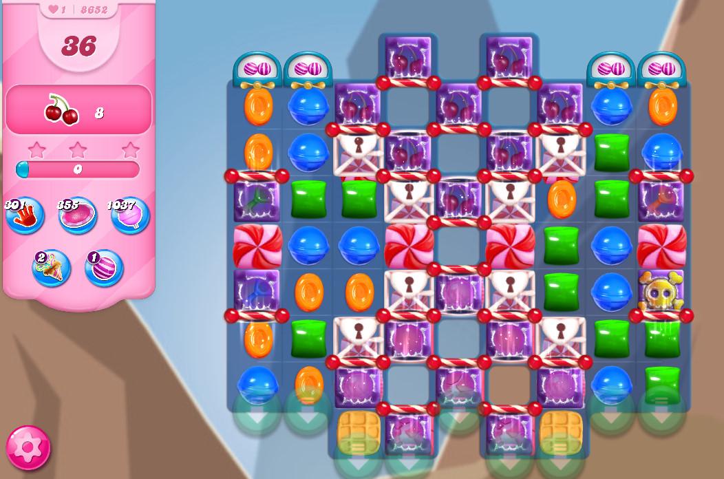 Candy Crush Saga level 8652