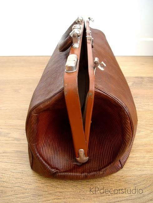 maletín médico antiguo principios de siglo de piel y cuero