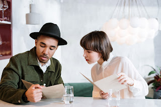 Menu planning in F & b service for Communication