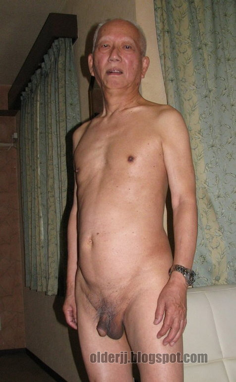 Asian old-with-girls xxx :: granny, old woman, girls girl   xxx old and girls