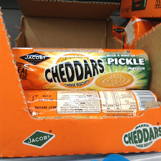 jacobs cheddars with a hint of pickle