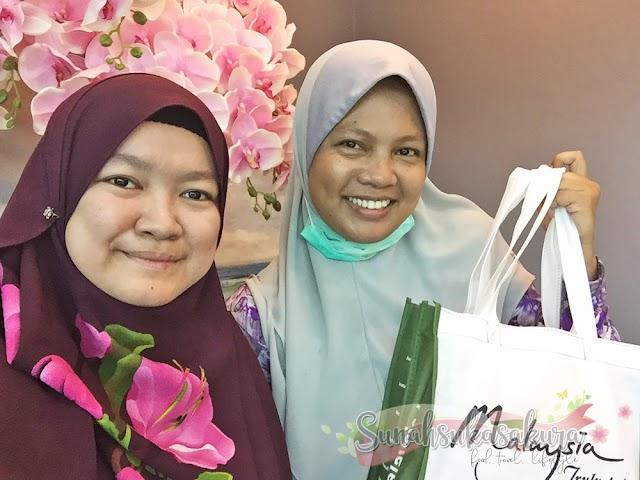 Akhirnya Bersua Muka dengan Blogger Azian Khalil