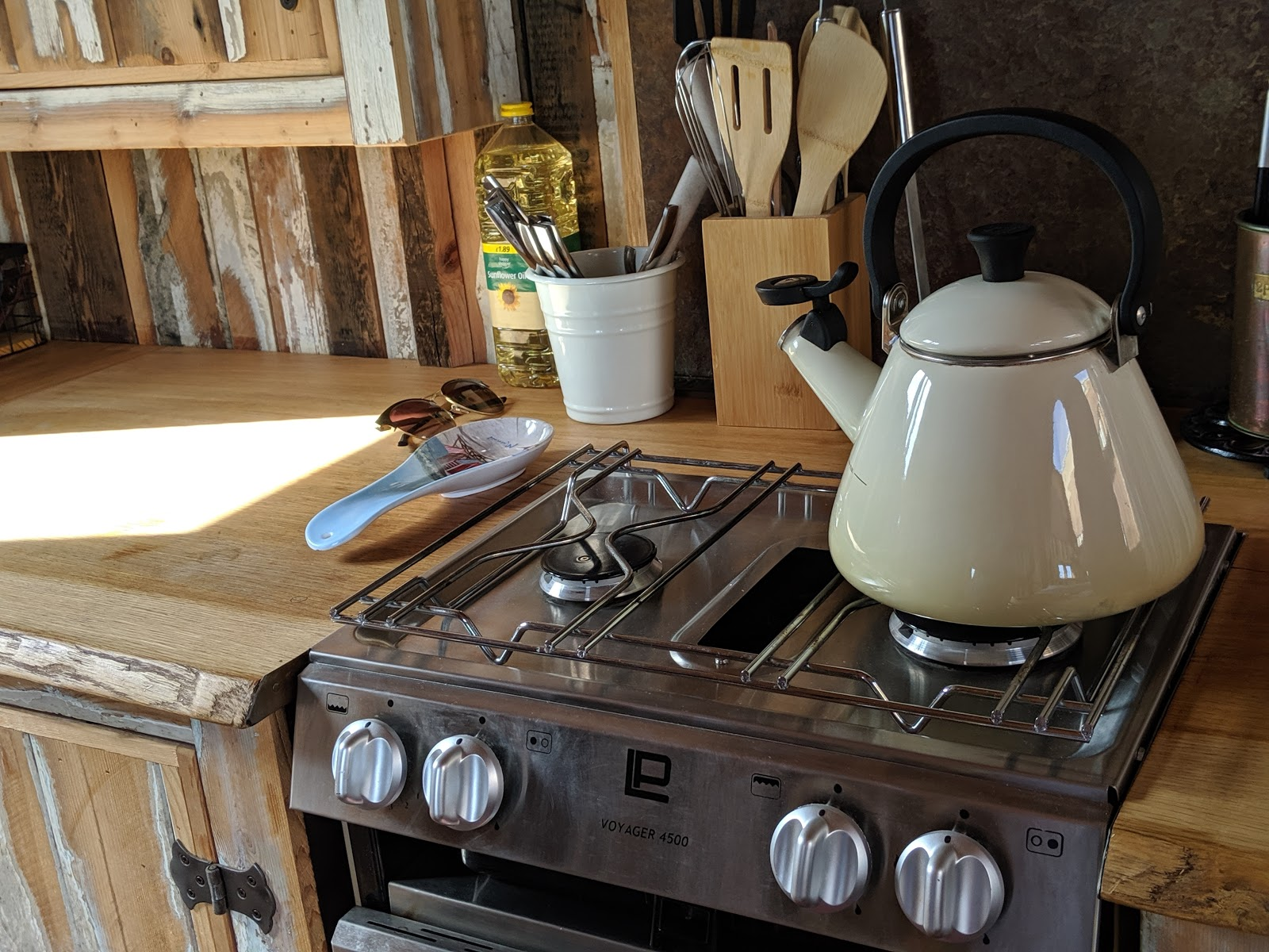 Shepherd's Retreats Beadnell Review - Dog-friendly Glamping in Northumberland - kitchen and cooker