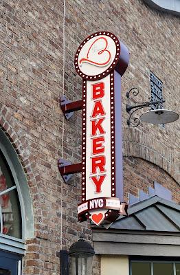 ERIN-MCKENNA'S-BAKERY-NYC-Disney-Springs
