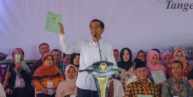 Jokowi: Saya Teken Perpres Hari Santri Kok Dibilang Anti Ulama?