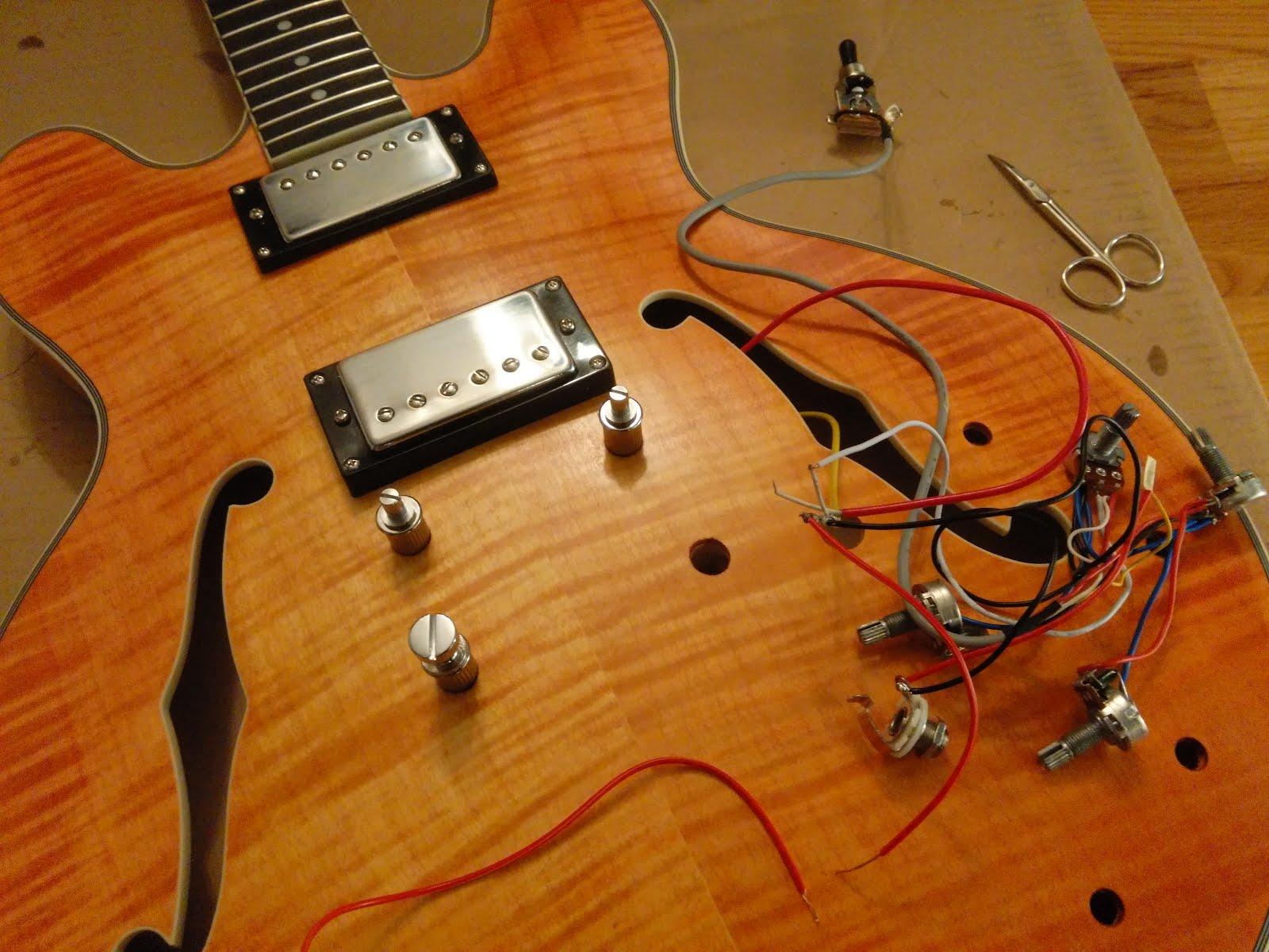mattwins diy semi hollow 335 guitar kit build part iii. Black Bedroom Furniture Sets. Home Design Ideas