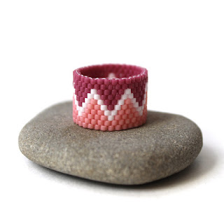 купить красивые необычные кольца  из бисера украшения ручной работы