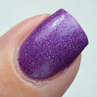 dark to light purple nail polish