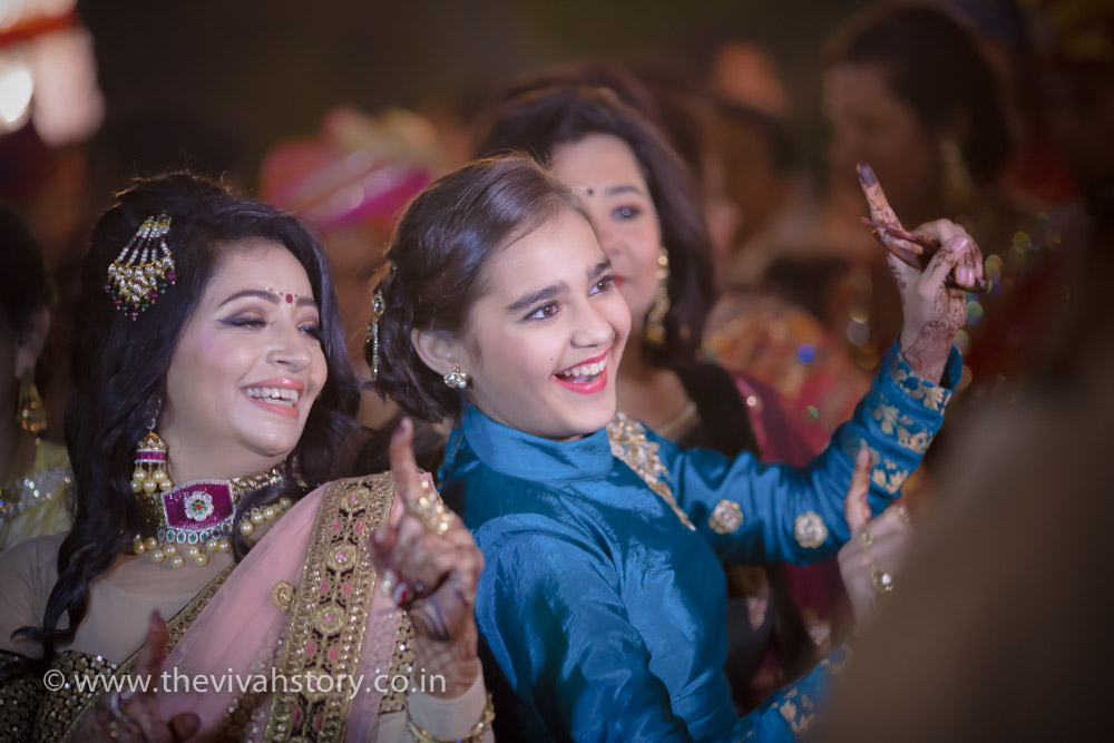 candid wedding photographer in Tri Nagar