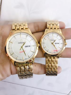 Đồng hồ cặp đôi màu vàng Omega OM