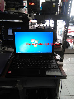 Service Laptop Acer Aspire One 725 No Display