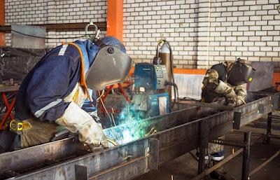welding workers