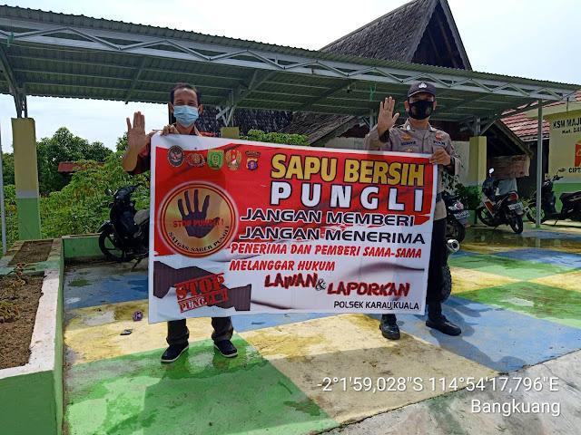 Sosialisasikan Pepres No 87 Tahun 2016, Personel Polsek Karau Kuala Ajak Masyarakat Tolak Pungli