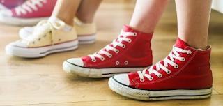 Cara Membersihkan dan Bikin Sepatu Kanvas Tetap Awet dan Tahan Lama