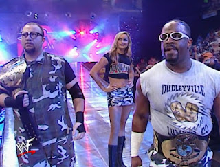 WWE / WWF Survivor Series 2001 - The Dudleyz faced The Hardy Boyz in a tag title unification match
