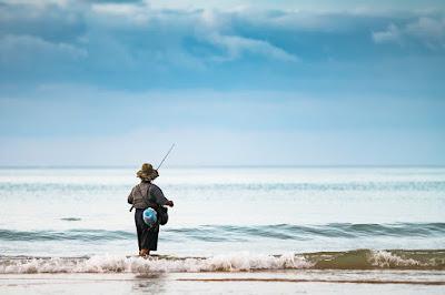 Nelayan Tua dan Tangkapannya