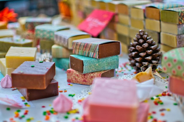 Unique Gift Ideas For The Chocoholics That Will Tantalize Their Sweet Soul!