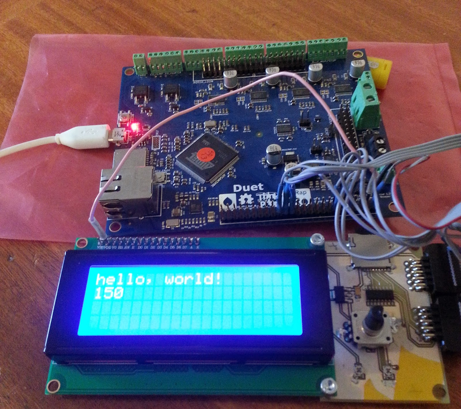 Think3dPrint3d: Duet, 20x4 LCD screen and SD card