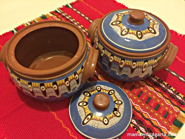 Bols de cerámica de Troyán, típicos de Bulgaria