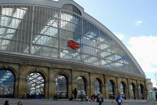 Things to do in Liverpool: Check out Liverpool Station