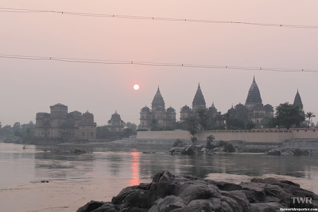Cenotaphs, chhatr betwa river sun set