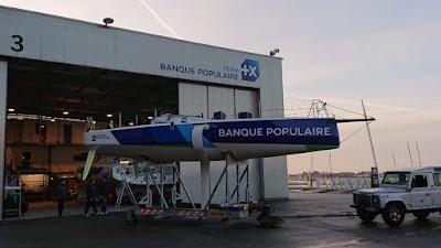 Le Figaro 3 Banque Populaire remis à l'eau