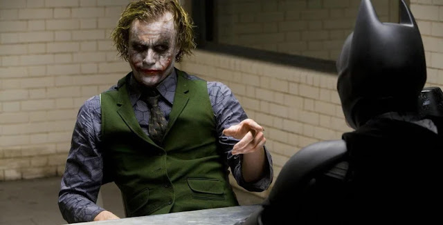 doctor-dressed-as-heath-ledgers-joker-delivers-baby-on-halloween