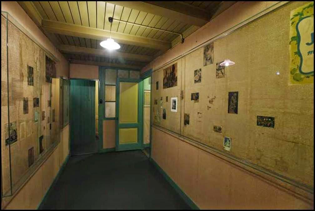 anne frank house tragic hiding place of world war ii