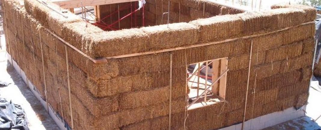 por que construir con paja