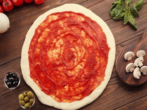 تعرفى على طريقة عمل البيتزا الكينج مع التريكات المميزة
