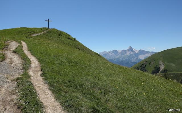Mont Planeau, Sanctuaire de Notre Dame de la Salette
