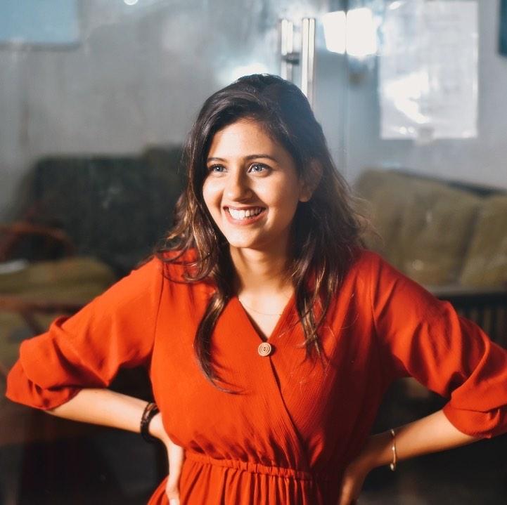 Anjali Arora old photo