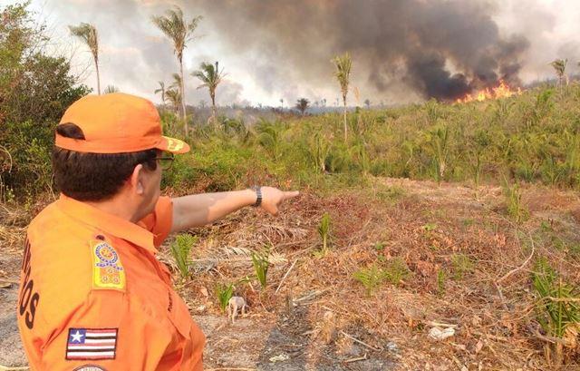 Comandante-geral dos Bombeiros, cel. Célio Roberto, esteve em Caxias para definição de estratégias emergenciais para ações na região leste