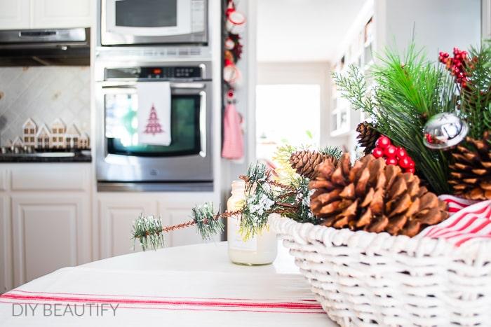 Christmas kitchen table vignette