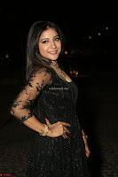 Sakshi Agarwal looks stunning in all black gown at 64th Jio Filmfare Awards South ~  Exclusive 146.JPG