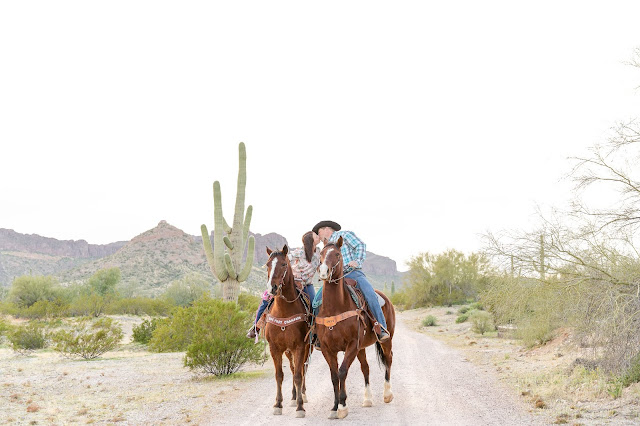 Arizona Desert Engagement Session with Horses by Micah Carling Photography