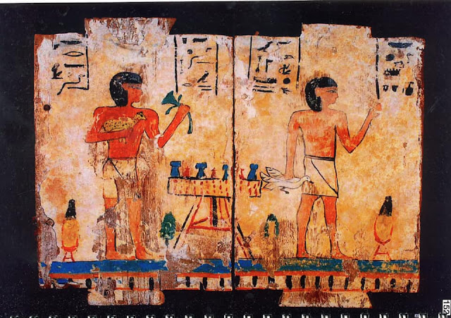 UAE returns hundreds of ancient artefacts to Egypt