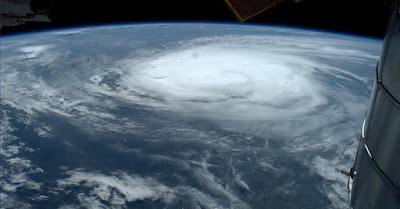 Karakteristik Lapisan Atmosfer yang Menyelimuti Bumi
