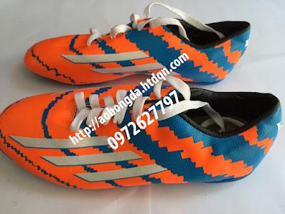 giày đá bóng cỏ nhân tạo 3