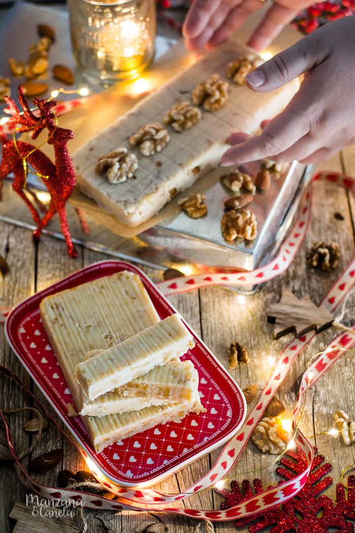 Turrón casero de nata y nueces. Receta de Navidad.