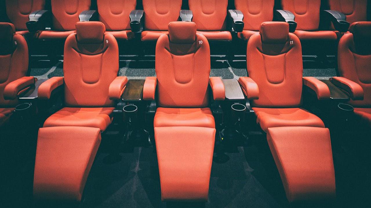China fecha todos os cinemas novamente devido a possível novo surto de coronavírus