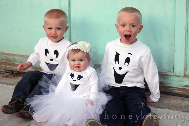 DIY Easy Ghost Costumes  sc 1 st  Honey Mommy & Honey Mommy: DIY Easy Ghost Costumes