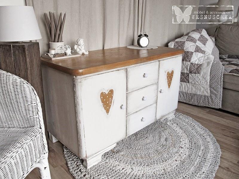 Elegant Kommode Im Landhaus Style