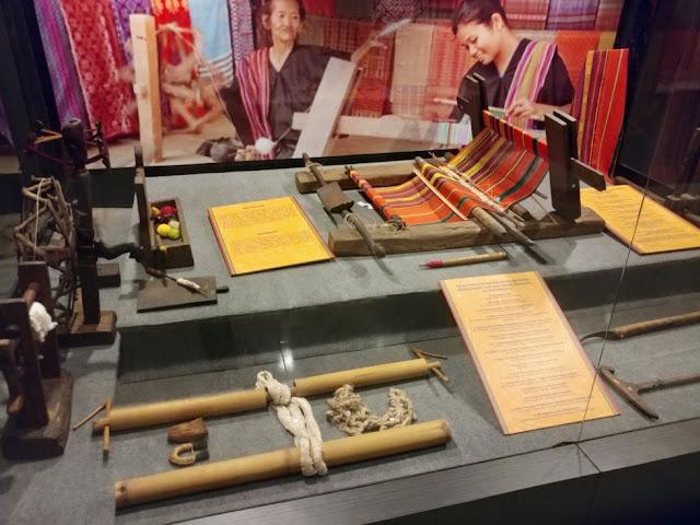 Koleksi benda-benda tradisional museum NTB