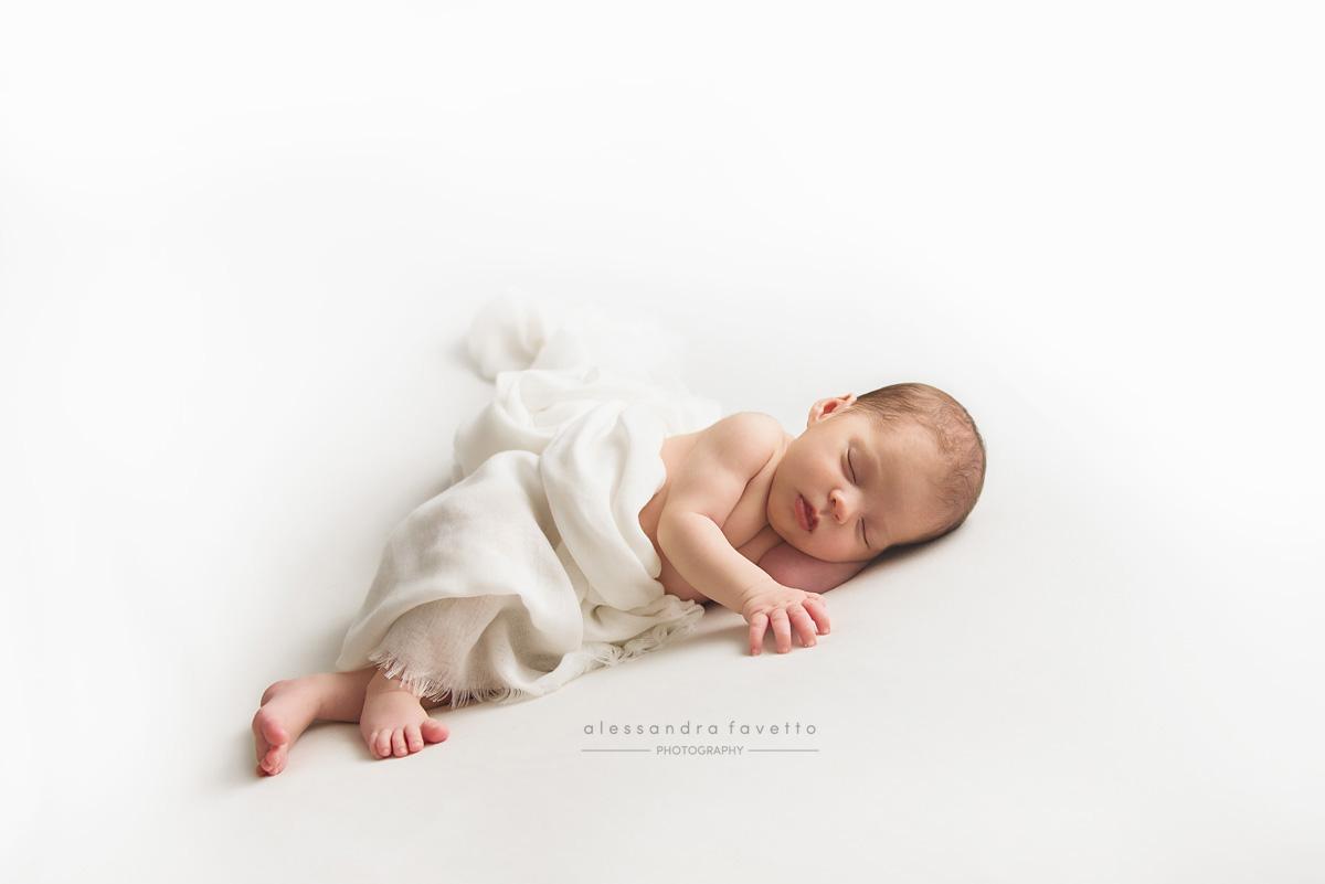Sesión recién nacido a domicilio en Cadiz
