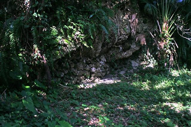 保栄茂グスクの石積みの写真