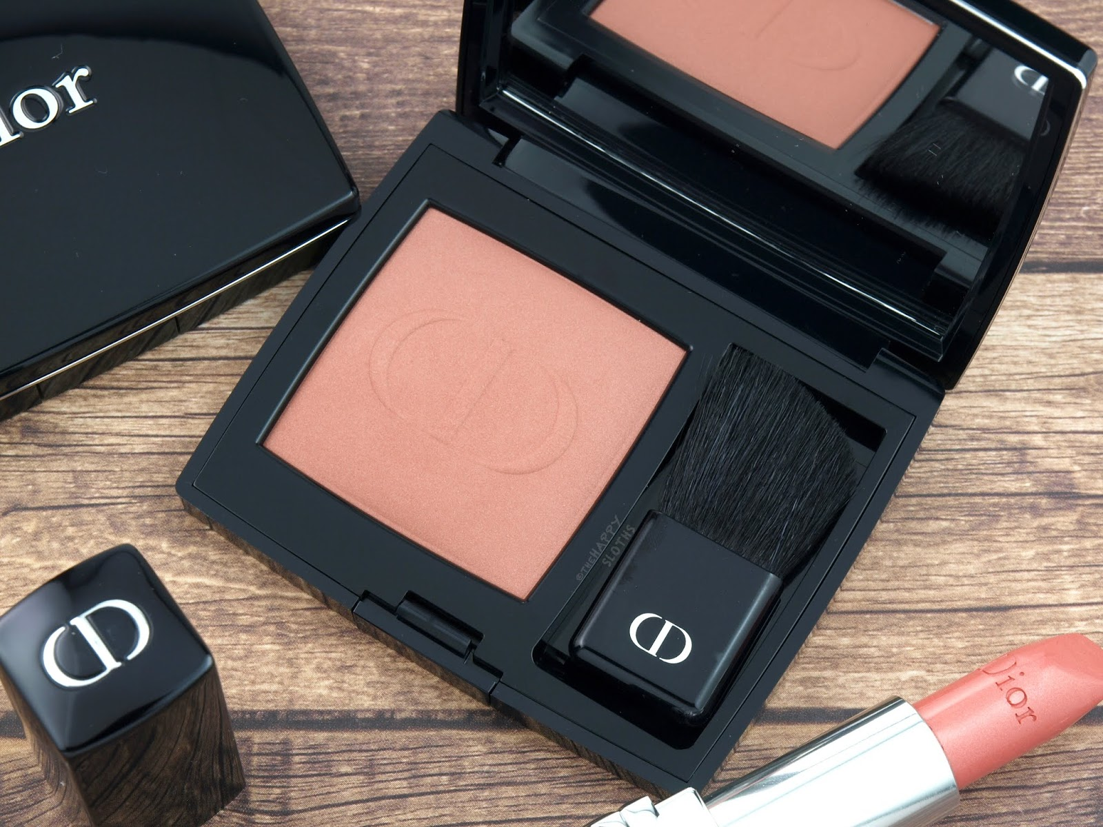 "Dior Fall 2018 Dior en Diable Collection | Rouge Blush in ""459 Charnelle"": Review and Swatches"
