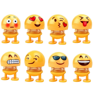 Smiley Spring Doll Emoji Car Pajangan Dashboard Mobil (Boneka Goyang)